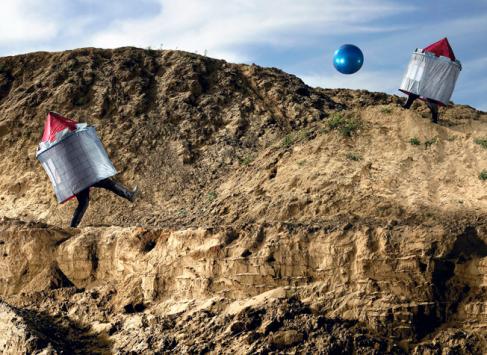 """""""Jump 'N Run"""" photo series by Patrick Runte"""