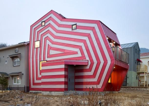 Lollipop House 001