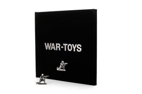 war toys book 00