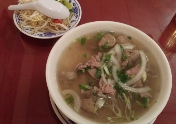Food eating pho noodle soup 101 retrenders for 101 soup cuisine
