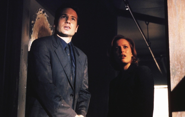 X-Files Returns - Mulder and Scully