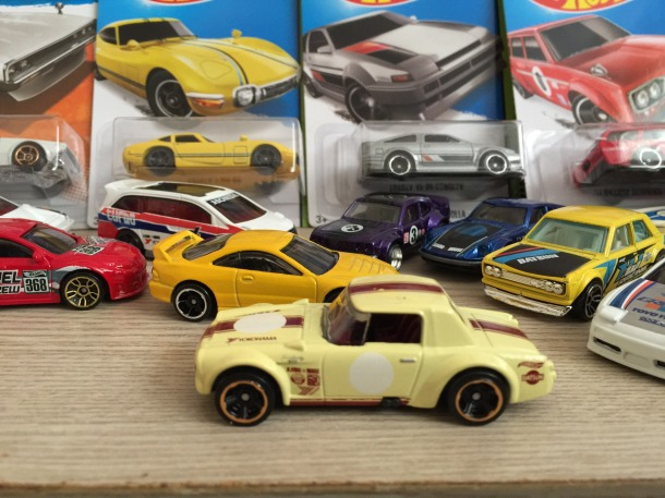 hotwheelsfairlady2000